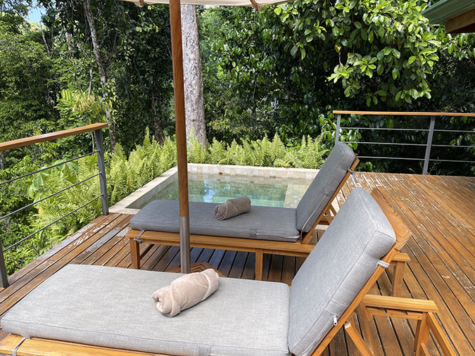 osa lounge chairs deck El Remanso costa rica fountainof30