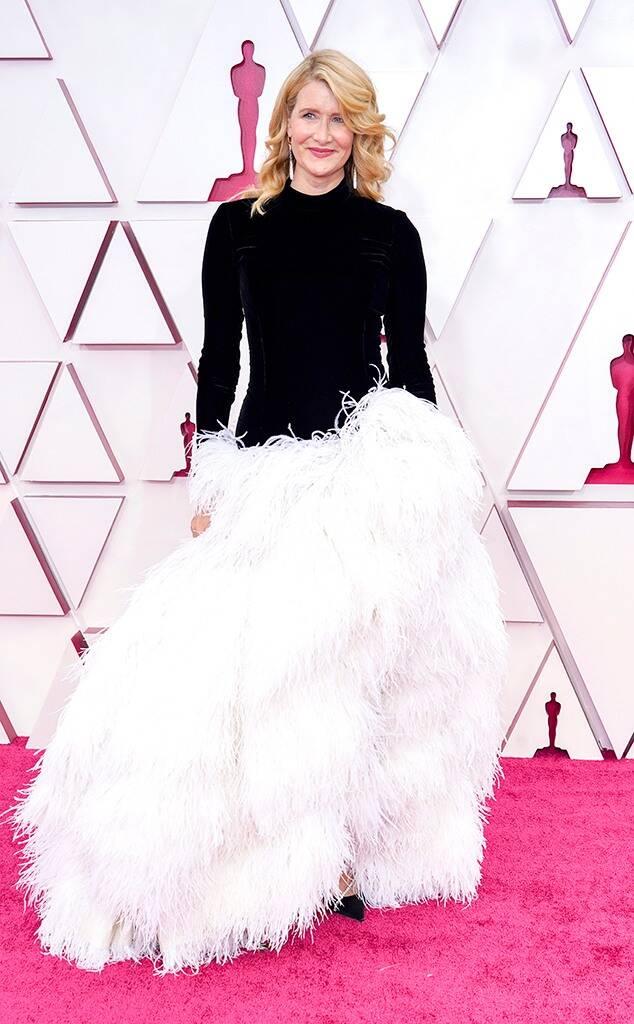 Laura Dern Oscars 2021 fashion fountainof30