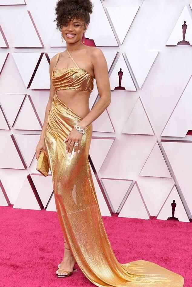 Andra Day in Vera Wang Oscars 2021 fashion fountainof30