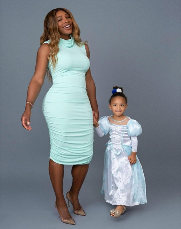 Fashionable Female Athletes Serena Williams and duaghter