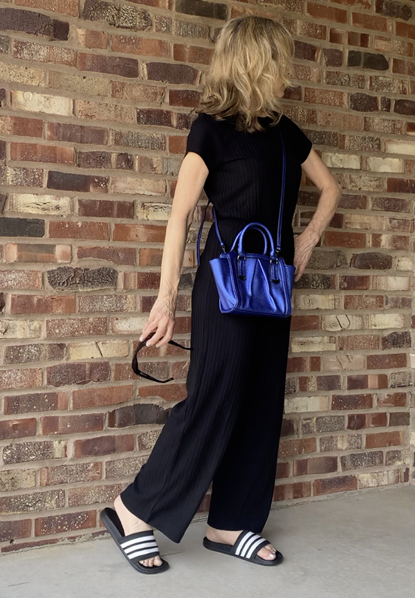black jumpsuit sporty outfit fountainof30