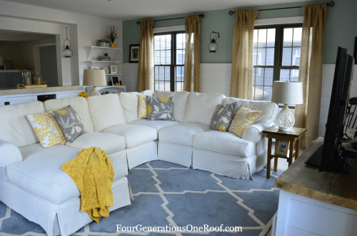 Coastal Cottage Family Room - planked walls