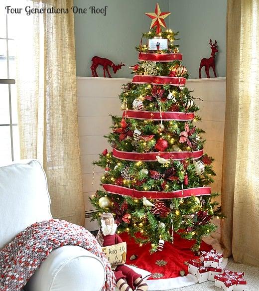 Martha Stewart winterberry christmas ornament tree
