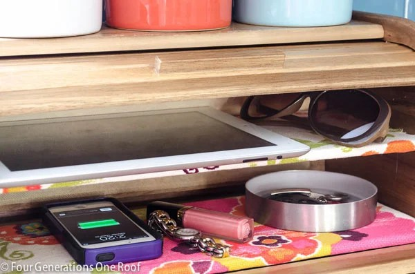 diy cell phone charging station