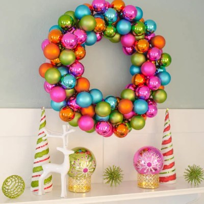 How to make a Christmas wreath using colorful ornaments