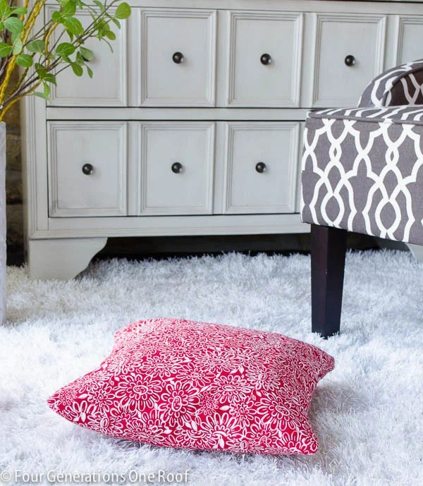 how to sew a pillow {you did what with a skirt-1-2