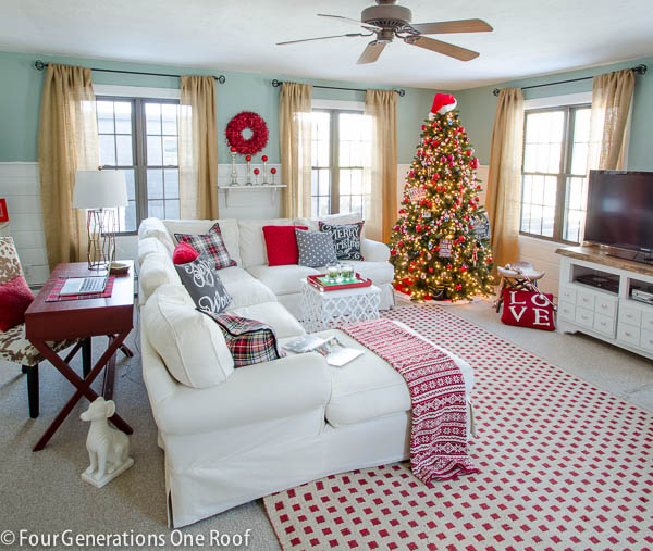 Christmas decorating ideas - red + black living room-8