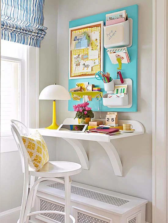 corner-office-turquoise-yellow