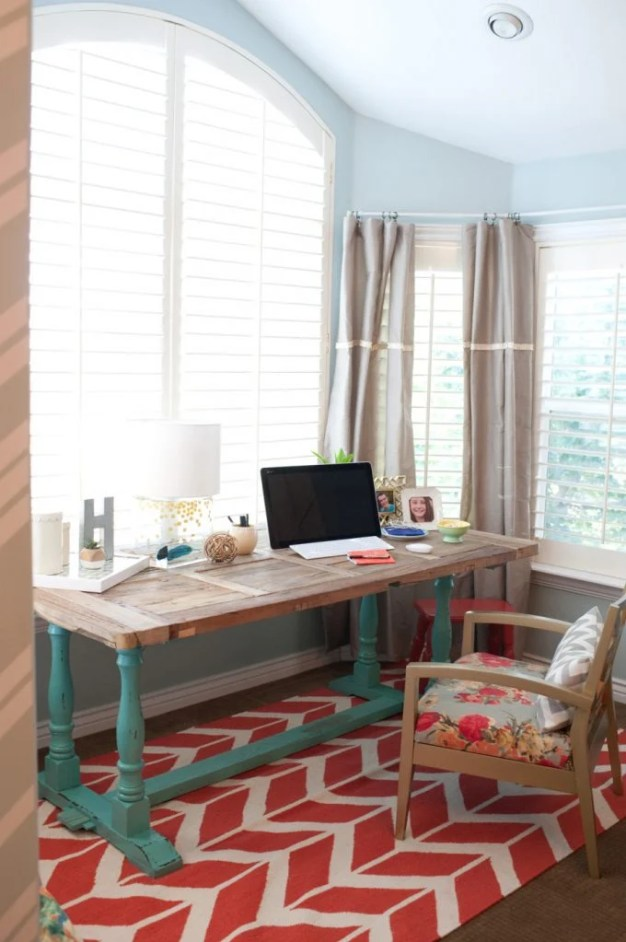 master-bedroom-nook-office