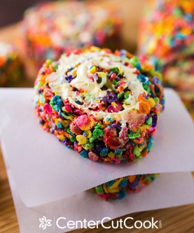 rainbow-rice-krispy-pinwheels