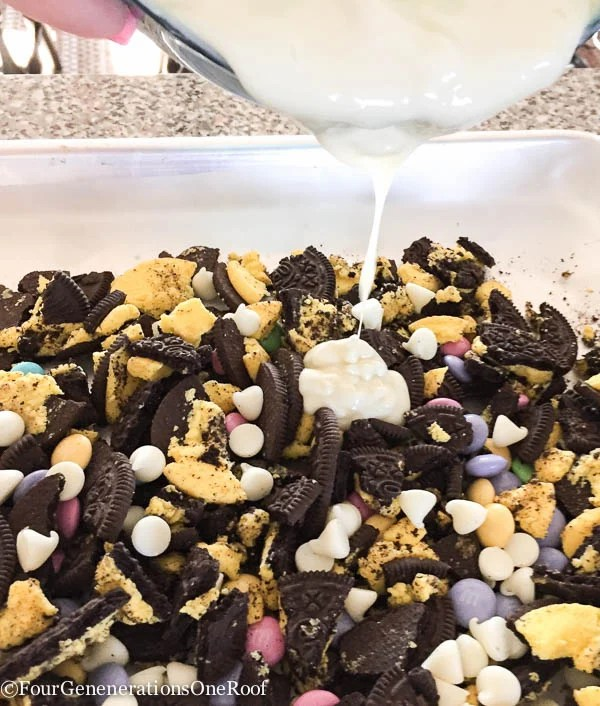 Amazing White Chocolate Oreo Bark Recipe-3