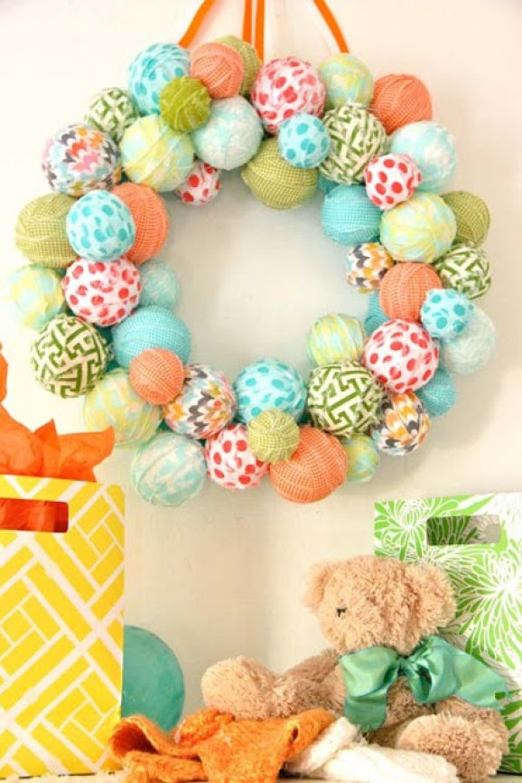 scrap-ball-wreath