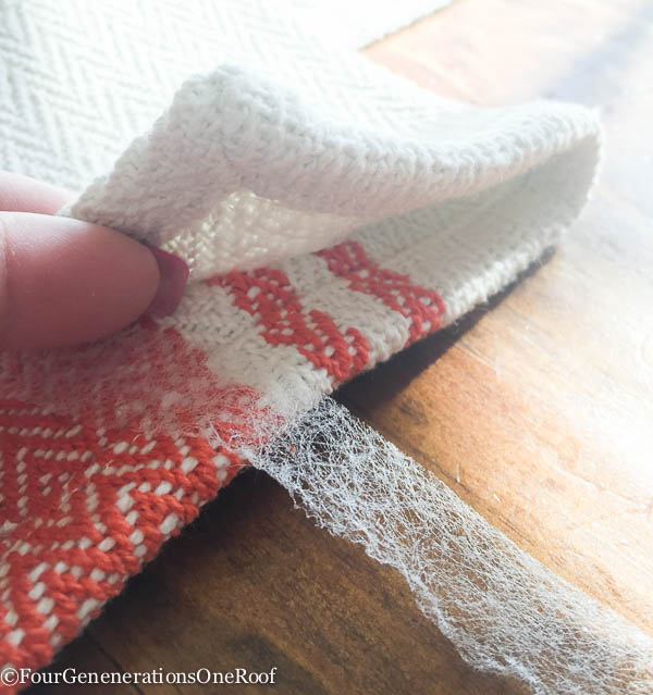 10 minute DIY window Valance {no sew} How to turn a table runner into a window valance