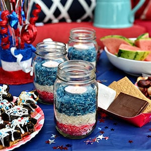 10 Minute Craft: Patriotic Rice Jars at TidyMom.net