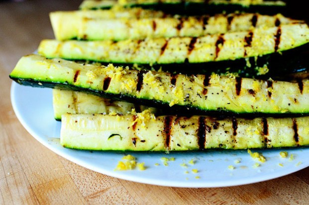 grilled-zucchini-lemon-salt