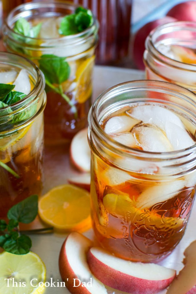 Perfect-Southern-Sweet-Tea