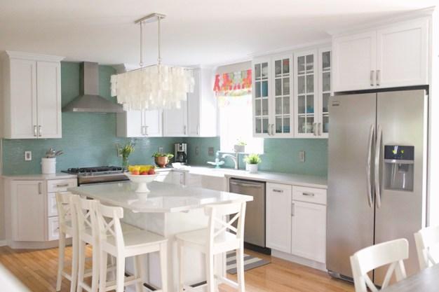 35-kitchen-with-capiz-chandelier