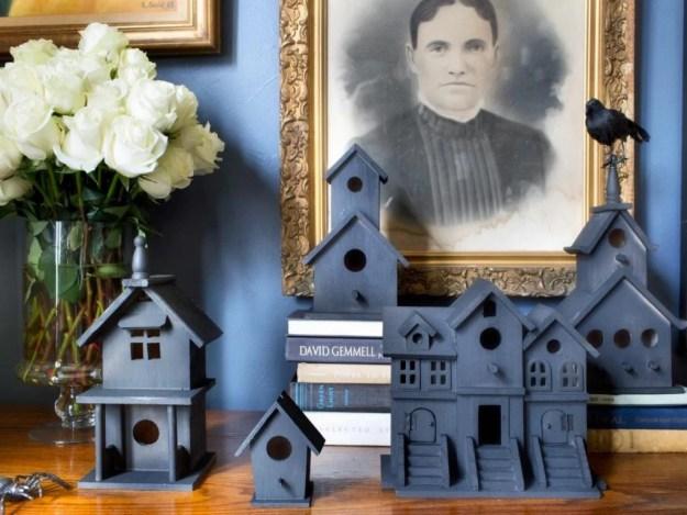 tiny-ghost-town-birdhouses