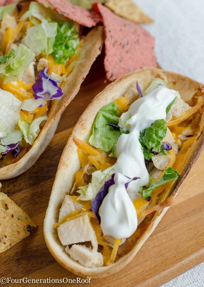 Mexican Chicken Taco Boats {dip}