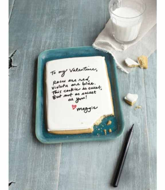 40-valentine-treats-love-letter-cookie
