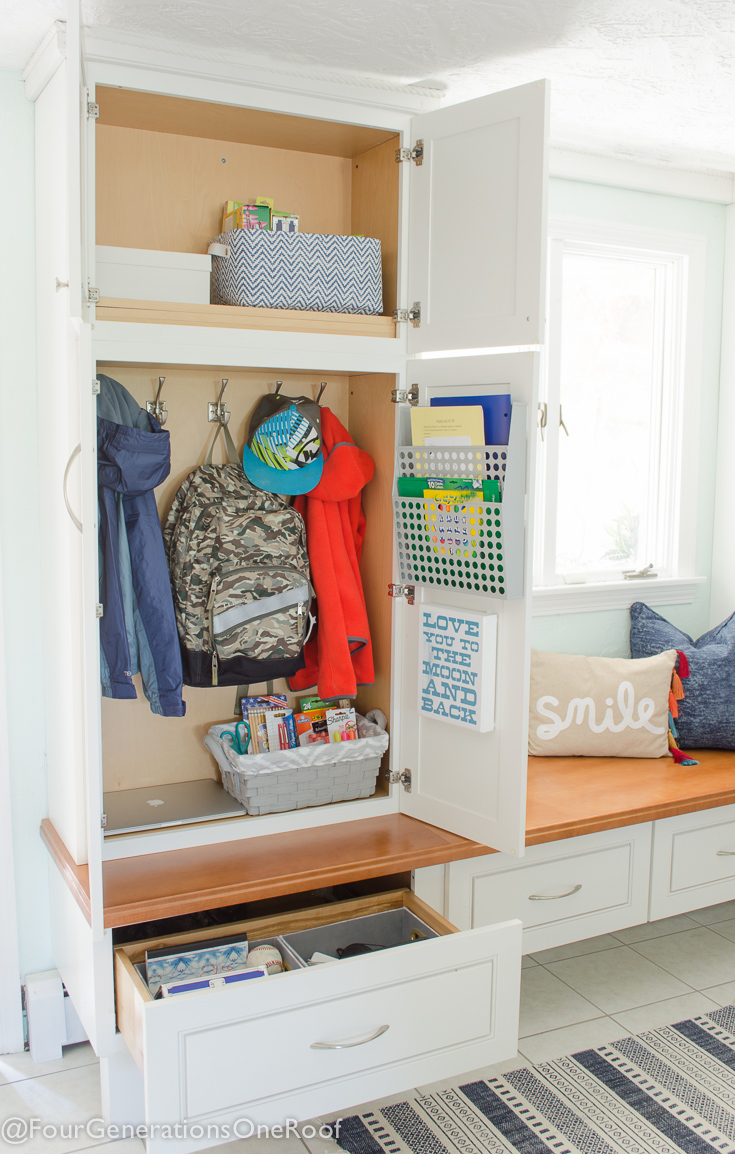 How to make a school locker at home: Organization 22 - Four