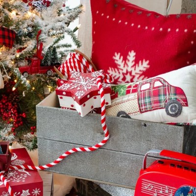 DIY Christmas crate made with gray floor planks