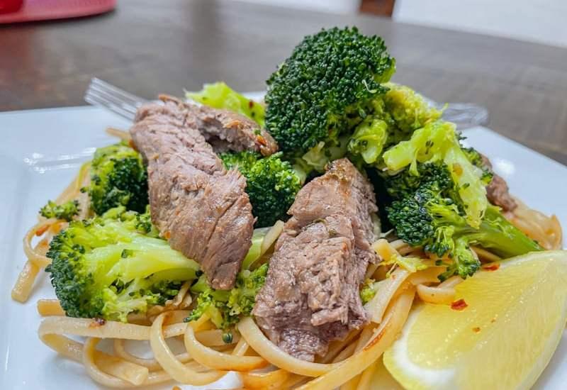 Low Calorie Sesame-Garlic Beef Tenderloin