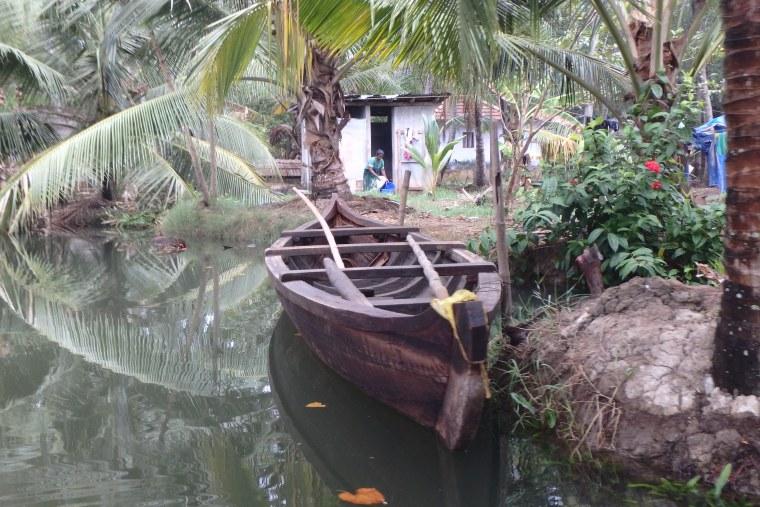backwaters canoe