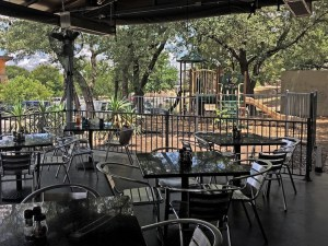 Mangieri's Pizza Cafe - Lakeway - Playscape