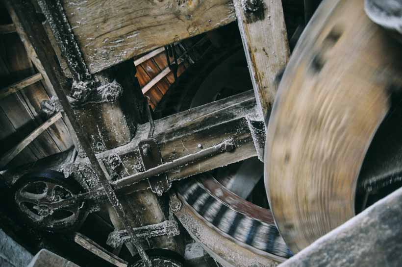 maud foster windmill in lincolnshire uk stoneground flour copyright lani kingston