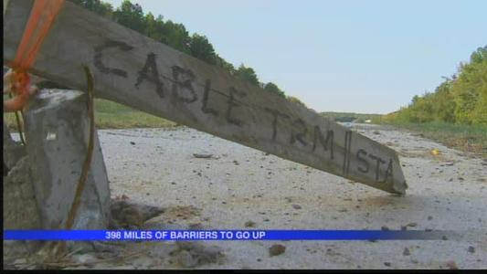 AHTD_ New cable median barriers to make highways safer_866159501290391132