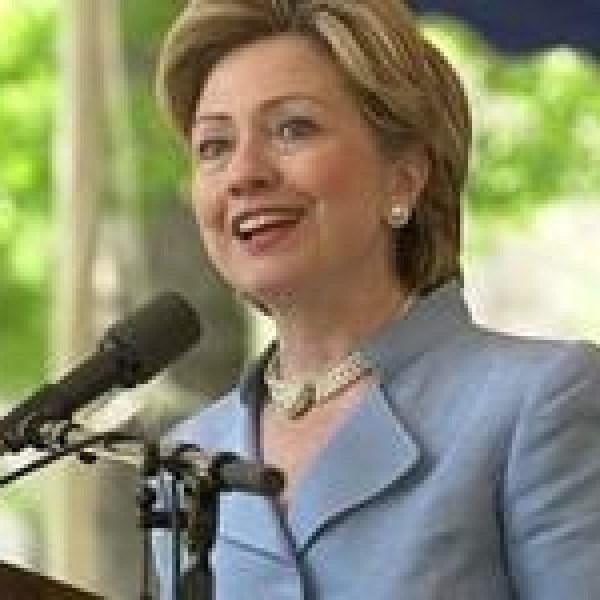 Hillary Clinton_-2483160499179467689