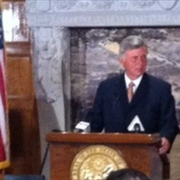 Governor Mike Beebe_6327773758586310405