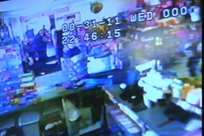 Rogers police shooting scene 2011_-1251016627074480257