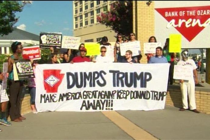 Trump Protesters _6160263734881304587