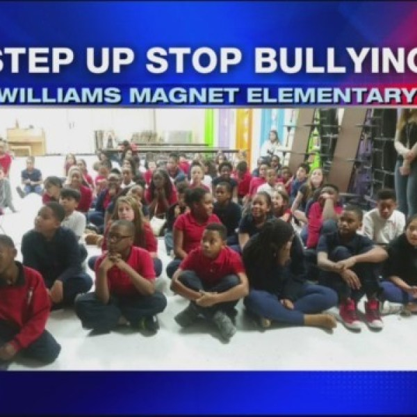 Step_Up_Stop_Bullying_Williams_Magnet_El_0_20171207001632