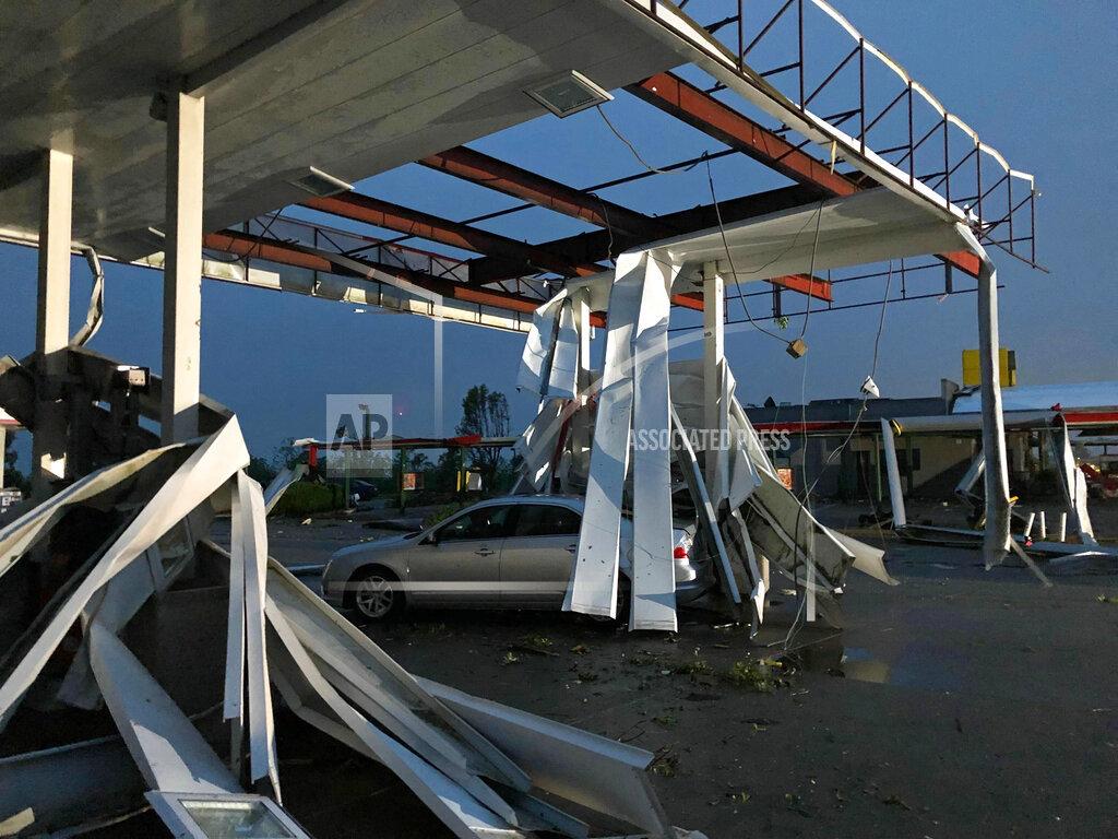 APTOPIX Severe Weather_1558617813355