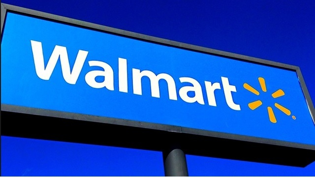 Walmart raises minimum age to buy tobacco to 21