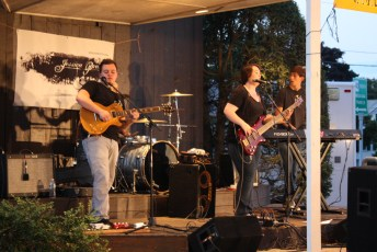 2012-jessica-prouty-band-07