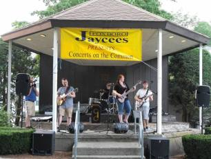 2013-concerts-04-jessica-prouty-band-038