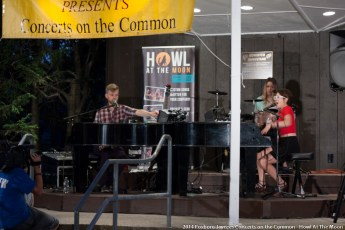 2014-concerts-06-Howl-At-The-Moon-00