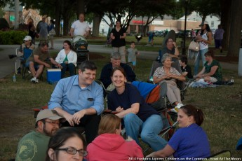 2014-concerts-06-Howl-At-The-Moon-12