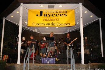 2014-concerts-10-Galley-Dawgs-011