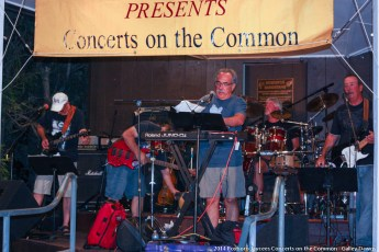 2014-concerts-10-Galley-Dawgs-015