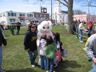 2006-easter-egg-hunt-38