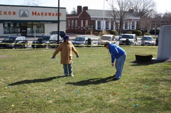 2010-easter-egg-hunt-134