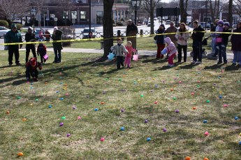 2010-easter-egg-hunt-184