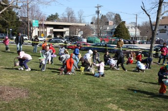 2010-easter-egg-hunt-190