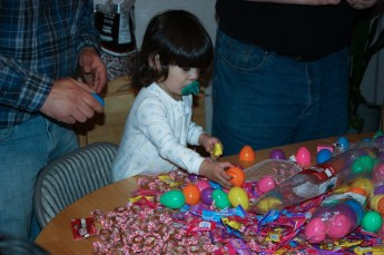 2010-easter-egg-hunt-216