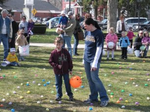 2011-easter-egg-hunt-19